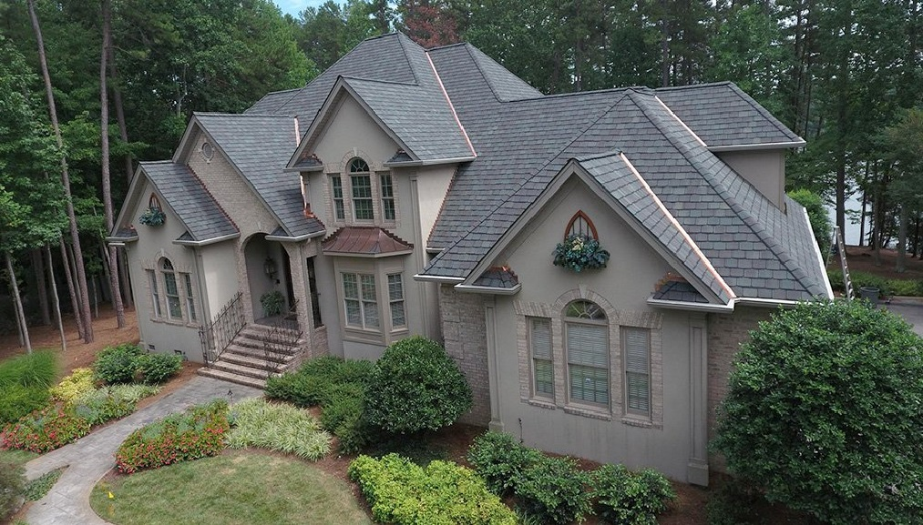 How to maintain an asphalt shingle roof